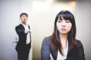背中ニキビ 原因 ストレス